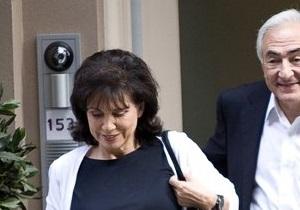 Стросс-Кан отметил выход из-под ареста ужином с женой