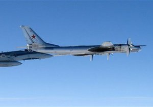 ВВС Канады подняли по тревоге истребители из-за российских бомбардировщиков