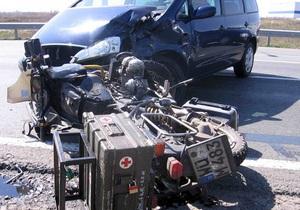 Под Киевом Ford сбил мотоциклиста из Германии