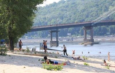 В Киеве на Трухановом острове планируют обустроить воднолыжный стадион