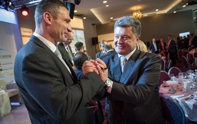 Кличко предлагает выдвинуть единым кандидатом в президенты Украины Петра Порошенко
