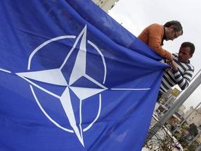 Американские эксперты призвали украинских политиков говорить о НАТО четче