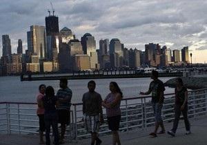 В Нью-Йорке возобновили работу аэропорты и метро