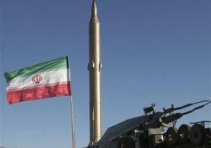 Власти Ирана понижают дипотношения с Великобританией