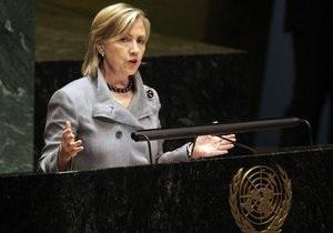 Клинтон: В США считают еврейские поселения незаконными