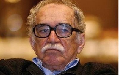 Писатель Габриэль Гарсиа Маркес пошел на поправку
