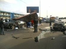ДТП на Набережном шоссе в Киеве: двое погибших