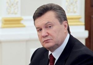 Янукович предупредил министра финансов: Я топор над вами уже поднял
