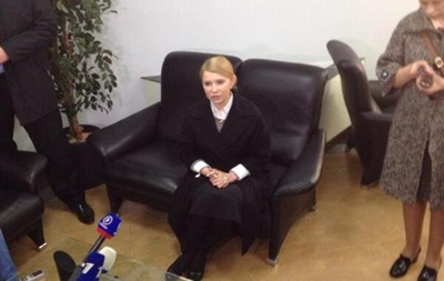 Тимошенко в Донецке: Правоохранительные органы подавят агрессию, привнесенную извне