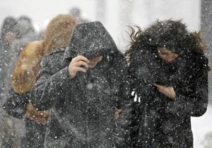 Непогода - снегопады - погода в Украине - пробное тестирование - В трех западных областях из-за непогоды перенесли тестирование