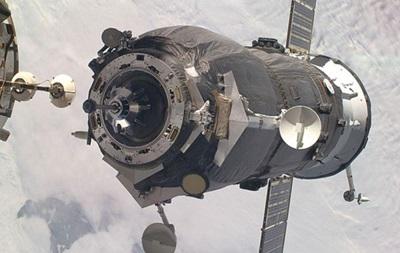 Космический грузовик Прогресс пристыковался к МКС