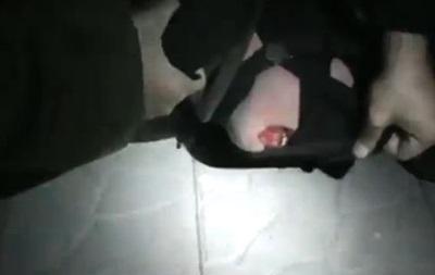 I m US citizen. Видео с задержанием англоязычного мужчины в форме  Сокола