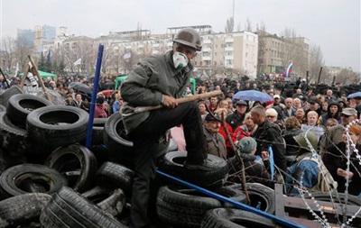 МВД пообещало жестко реагировать на массовые беспорядки на востоке Украины