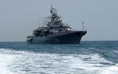 Глава Минобороны обещает вывести из Крыма весь украинский флот