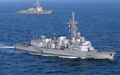 В Черное море войдет третий военный корабль Франции