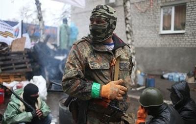 Протестующих в Славянске приютили в местном православном центре – мэр