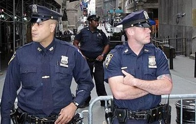 Полиция Нью-Йорка отказалась от слежки за мусульманами