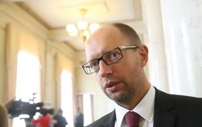 Украина потребует в Женеве от России отозвать свои диверсионные группы - Яценюк