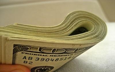 К середине торгов на межбанке доллар упал до 11,40 грн