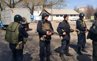 Российским СМИ стали известны имена погибших и раненых при стрельбе в Мариуполе