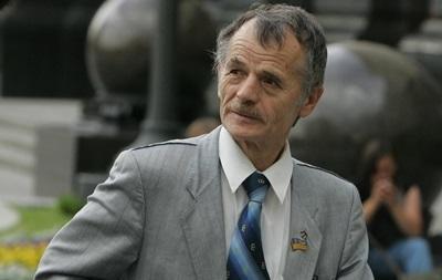 Крымские татары получат паспорта РФ, но от украинского гражданства не откажутся – Джемилев