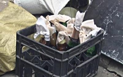 Житомирский Правый сектор сдал СБУ 21 ящик с  коктейлями Молотова