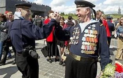 Ко Дню Победы 100 тысяч одесситов получат  финпомощь