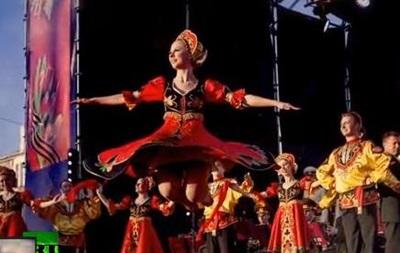 Ансамбль имени Александрова исполнил гимн Вежливые люди