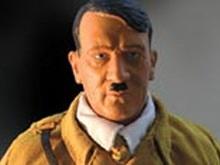 Правозащитники просят СМИ защитить Украину от кукол Гитлера