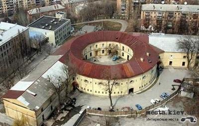 Прокуратура возбудила дело по факту разрушения Киевской крепости