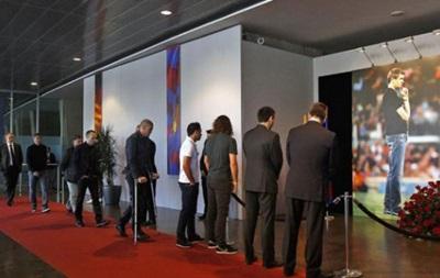 Футболисты Барселоны почтили память Вилановы на Камп Ноу