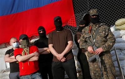 Итоги 27 апреля: провозглашение  Луганской народной республики , захват офицеров СБУ и освобождение наблюдателя ОБСЕ