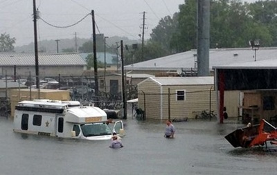 Из-за наводнения во Флориде введен режим чрезвычайной ситуации