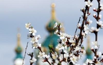 В пятницу в Украине будет тепло, местами грозы