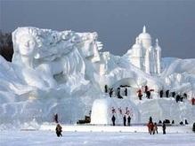 В Китае построили самую крупную снежную скульптуру