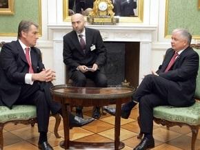 Ющенко заговорился с Качиньским и не вышел к украинским журналистам