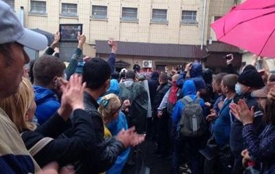 В Одессе продолжают блокировать здание горуправления МВД