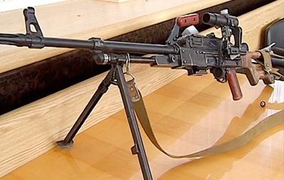 Аваков показал оружие спецназа, изъятое в ходе АТО