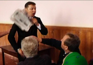 Ляшко ударил своего оппонента по 208 избирательному округу