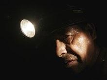 В Донецке уже четвертые сутки не могут потушить шахту