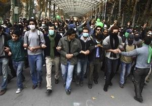 Полиция запретила студентам выходить из здания Тегеранского университета