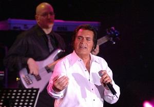 Великобританию на Евровидении-2012 представит 75-летний Энгельберт Хампердинк