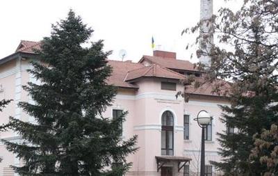 Турчинов перенес представительство президента Украины из Крыма в Херсон