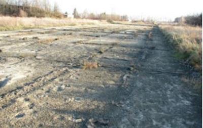 В Луганске неизвестные разобрали взлетную полосу аэродрома