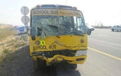 В Дубае школьный автобус попал в ДТП: один человек погиб, еще 15 - ранены