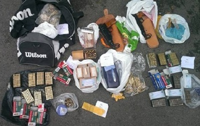 В Киеве изъята крупная партия оружия и взрывчатки - МВД