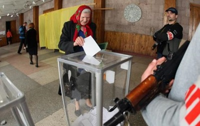В Донецке угрожают сжечь избирательный участок в случае его работы 25 мая