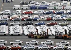Продажи новых авто в Украине выросли за год на 33%