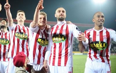 Два турецких клуба подозреваются в договорных матчах