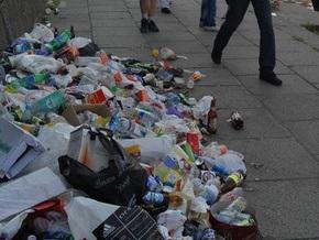 СМИ: Святошинский район Киева превратился в свалку